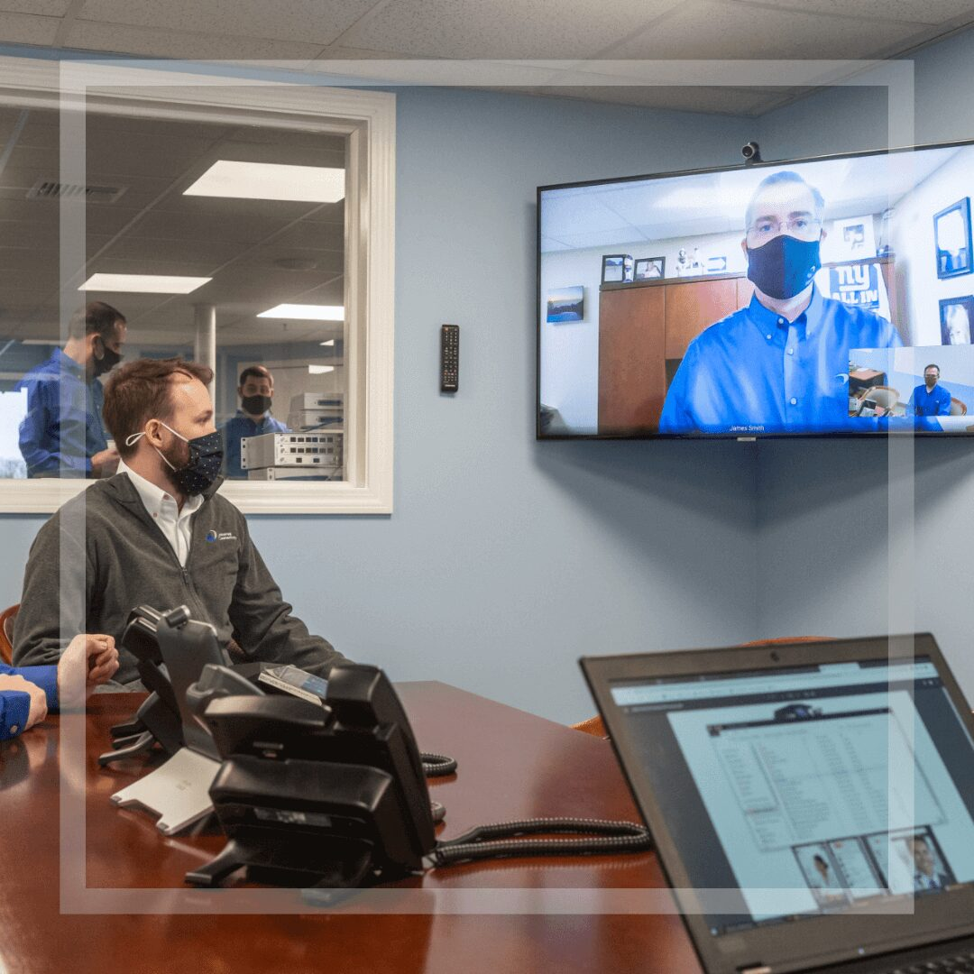 Unified Communications A modern and easy to use conference room phone with video